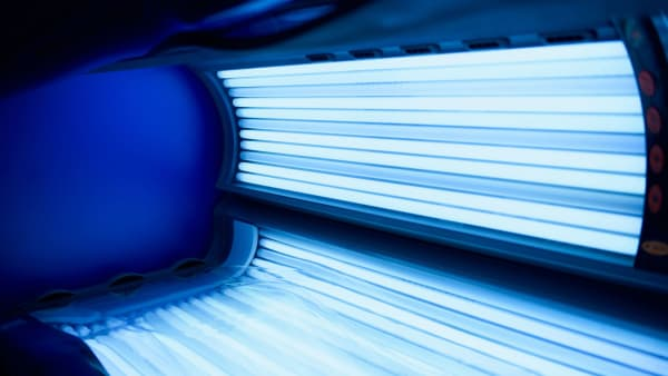 SIGN THE SUNBED BAN PETITION